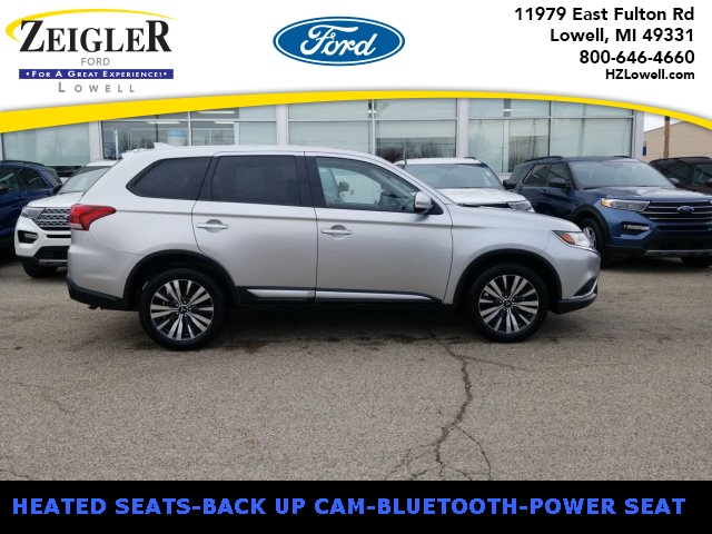Pre-Owned 2019 Mitsubishi Outlander 4WD