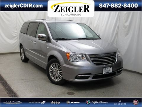 Certified Pre-Owned 2014 Chrysler Town & Country Touring-L